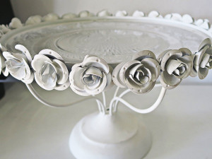 Quirky Parties - Rose cake stand - front view