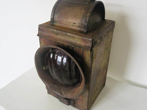 Vintage shunters lamp