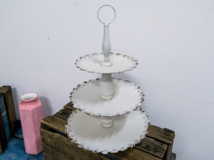 Distressed cupcake stand