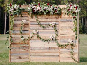 Rustic Pallet Wood Wedding Backdrop